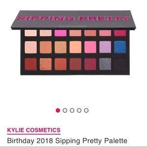 Kylie Cosmetics-NIB-Birthday Sippin Pretty Palette